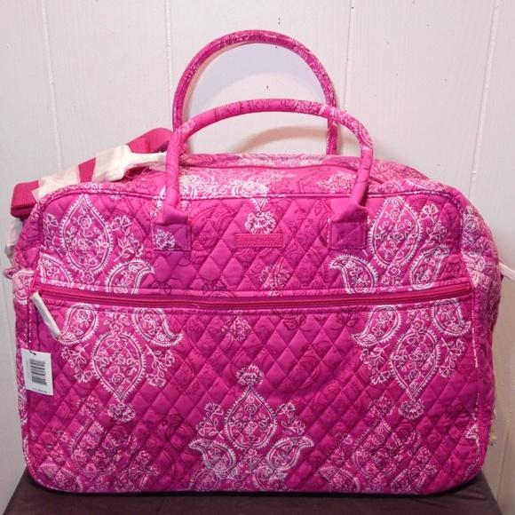 Vera Bradley Handbags - NWT Vera Bradley Grand Traveler in Stamped Paisley